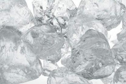Afbeelding van Glazen ijsblokjes tot 25-30mm groot 1000ml art.nr. 47349