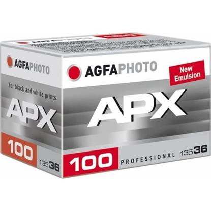Agfa APX 100 kleinbeeld zwart/wit film 135-36